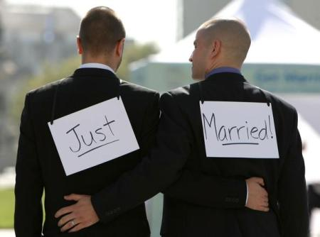 same-sex-marriage-711