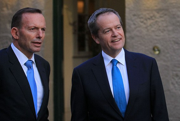 Pollies escape scrutiny as Shorten is grilled