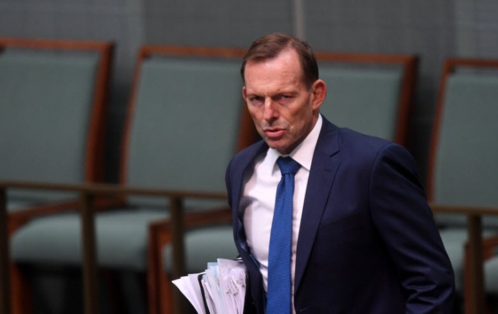 "Tony Abbott is completely out of touch with ""the base"" on renewable energy"